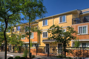 Riverwalk-at-remond-condos_medium